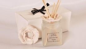 J&E Living Cosmetic Wholesaler